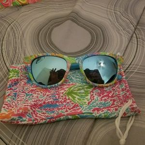 Lilly Pultizer Maddie 52mm Polarized Sunglasses